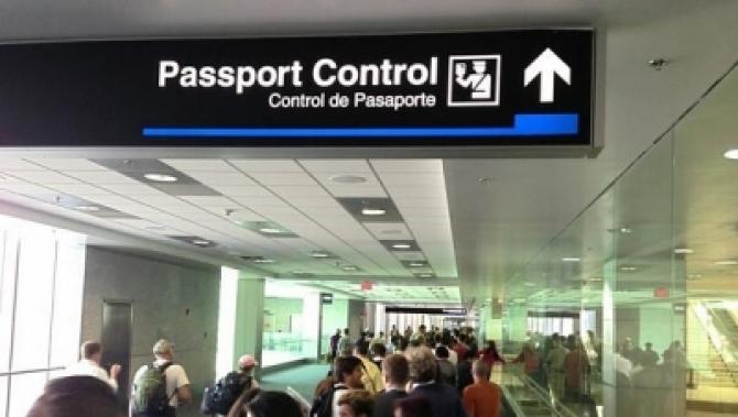 Jen Psaki: Nu este momentul să ridicăm restricţiile privind deplasările internaţionale