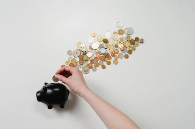 Florin Cîțu dă asigurări că pensiile cresc anul acesta / Foto Pexels