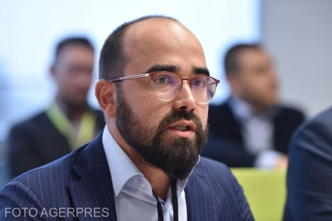 Florinel Chiș Director Executiv - ARMO - Asociatia Romana a Magazinelor Online