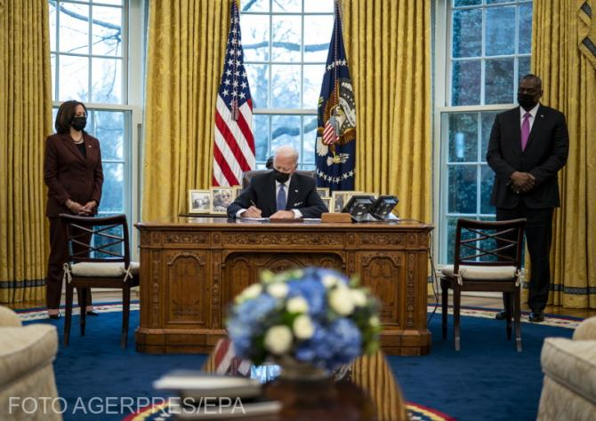 Joe Biden anunță că schimbă întreaga flotă de mașini guvernamentale în vehicule electrice