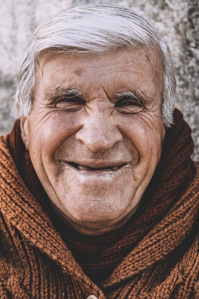 foto ilustrativ pixabay. Legea pensiilor. Persoanele din aceste LOCALITĂȚI ies mai devreme cu DOI ANI la pensie, fără penalizare