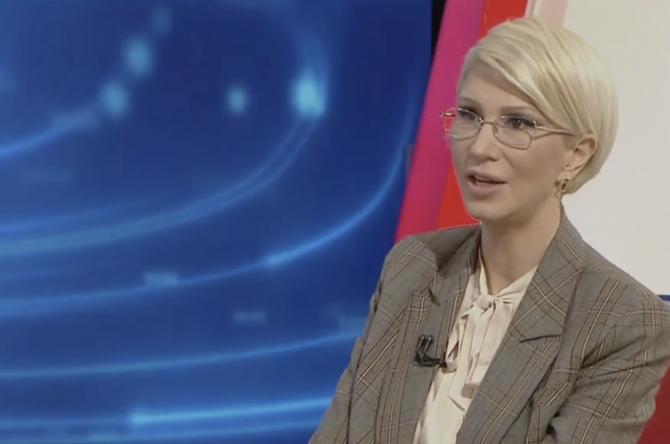 Mihai Chirica, trimis în judecată. Raluca Turcan: Să facă un pas în spate. Ferească Dumnezeu! Foto: Captură TVR 1