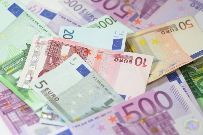 Ministerul Finanţelor a programat împrumuturi de miliarde de lei în februarie. Foto: Pixabay.com.