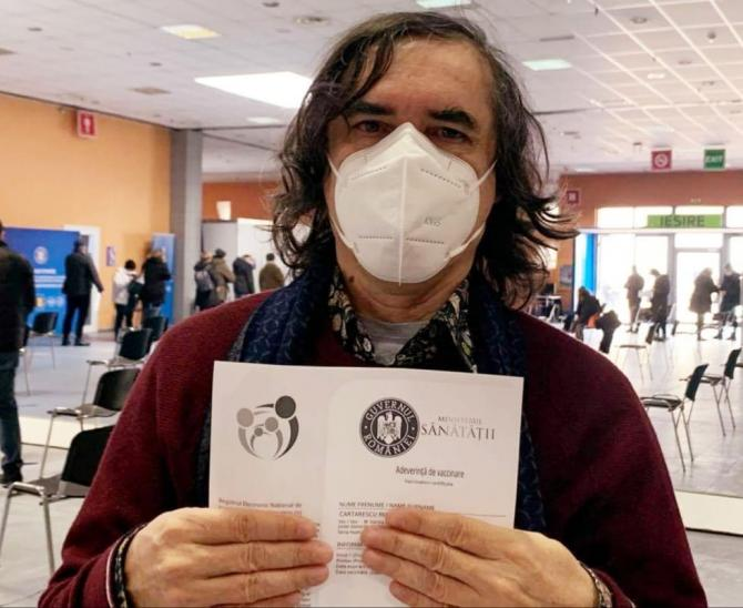 Mircea Cărtărescu și vaccinul