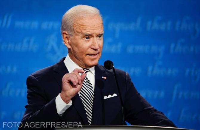 Joe Biden intenţionează să îl menţină pe Christopher Wray în funcţia de director al FBI