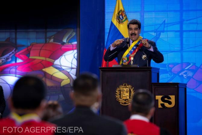 "Nicolas Maduro, reclamă ca la teleshopping la Carvativir. ""Picături miraculoase împotriva COVID-19"""