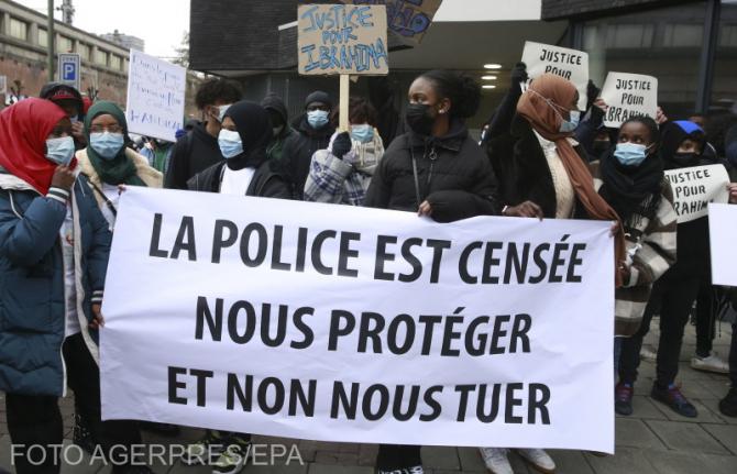 Protest la Bruxelles după moartea unui tânăr.