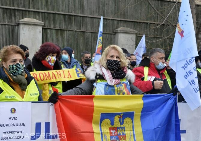 Proteste de amploare în centrul orașului Târgu Jiu. Foto cu caracter ilustrativ.