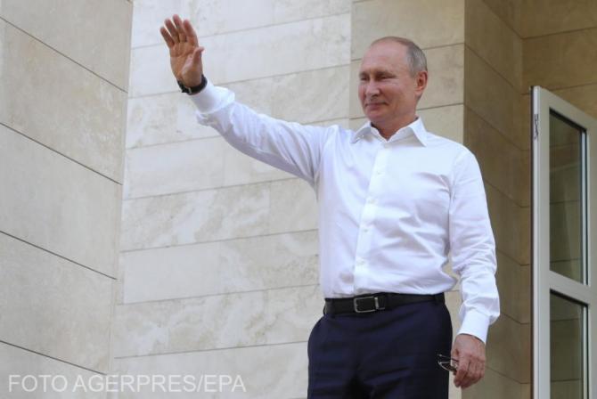 Vladimir Putin vrea să INTERZICĂ prin lege comparațiile făcute între URSS și regimul nazist