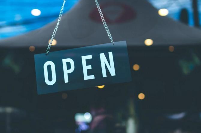 Se deschid restaurantele în Constanța. Rata de infectare a scăzut sub 3 la mie / Foto Pexels