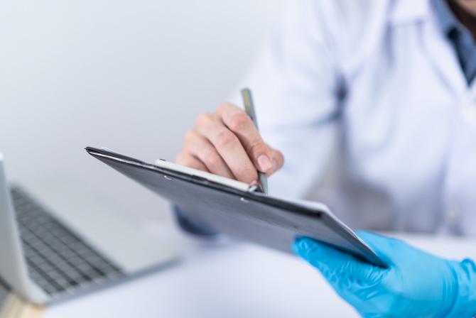 Persoanele nedeplasabile vor fi imunizate de echipe mobile. Foto: Pixabay.com