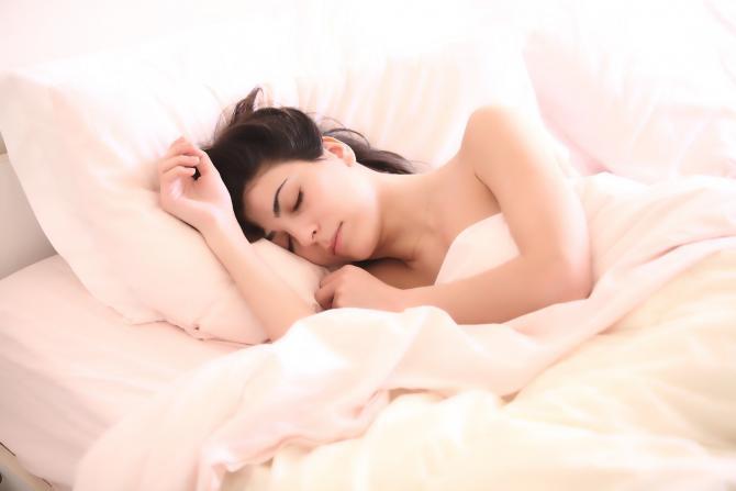 Dormi după-amiaza? Un studiu spune că un pui de somn în a doua parte a zilei îți ÎNTĂREȘTE agilitatea mentală  /  Sursă foto: Pixbay