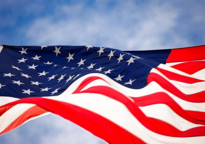 Războiul comercial dintre SUA şi China a dus la pierderea a sute de mii de locuri de muncă. Sursa: Pixabay