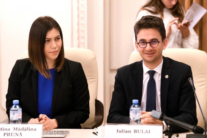 Val Vâlcu, revoltat după ce ministrul Culturii a spus că nu este la curent cu ce a scris Iulian Bulai (USR) despre Mihai Eminescu.