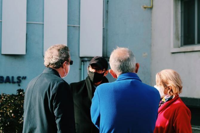 Premierul Florin Cîțu: Astăzi am fost să văd ce s-a întâmplat la Institutul Matei Balș.