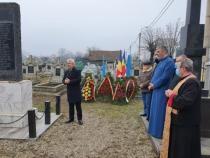"""Comemorarea eroului aviator Traian Dârjan: 76 de ani de la ultima decolare. S-a citit poezia """"Acvila Carpatina"""" Foto Facebook Ionuț Țene"""