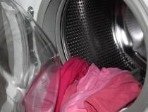 Un copil a murit după ce a fost găsit în mașina de spălat / Imagine de bierfritze de la Pixabay