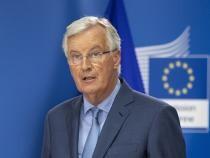 Michel Barnier, decorat cu Ordinul Naţional 'Steaua României' de preşedintele Iohannis