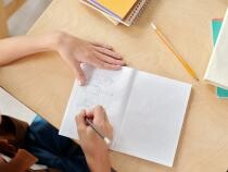 Ministerul Sănătăţii, sfat pentru părinţi: Înainte să duci copilul la şcoală, fii atent la cum se simte