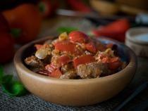 foto pixabay/ Rețetă ficăței pui la tigaie, secrete pentru un preparat delicios