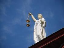 Tânăr condamnat după ce a încercat să mituiască polițiștii / Imagine de Edward Lich de la Pixabay
