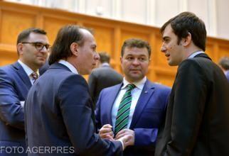Premierul spune că nu a dat mandat miniștrilor să negocieze  problema pașapoartelor turistice