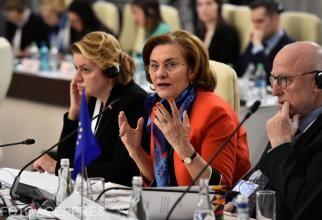 Paşaport vaccinare. Maria Grapini, replici aprinse cu Ligia Popescu (PNL) şi Alin Burcea (ANAT):