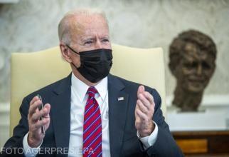 Joe Biden și-a adus cei doi câini ai săi în Biroul Oval / FOTO
