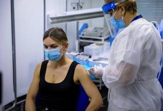 Simona Halep a încasat-o rău după vaccinare. Scânteia care a declanșat măcelul a fost un tricou negru