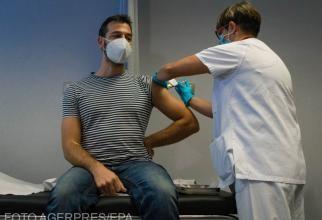 Vaccinul Janssen necesită o singură doză