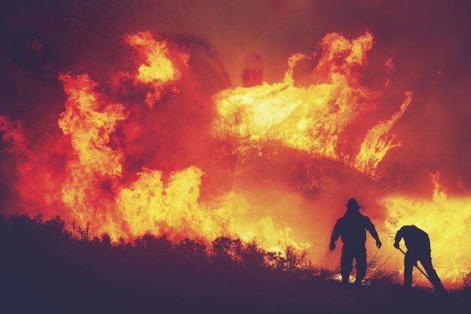 Au reînceput incendiile puternice de vegetație din Australia. MAE, avertizare de călătorie. Foto cu caracter ilustrativ. Pixabay.com.