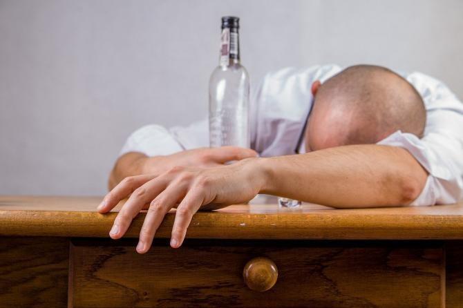 Un bărbat din Iași s-a autoincendiat, pe fondul consumului de alcool / Imagine de Michal Jarmoluk de la Pixabay
