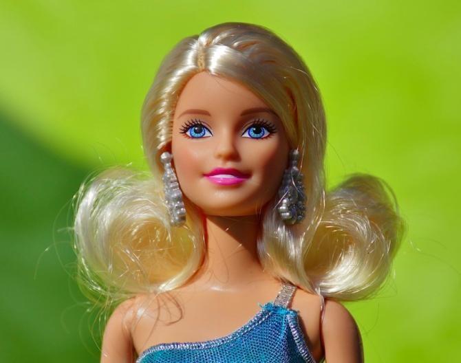 Barbie s-a vândut extrem de bine în 2020