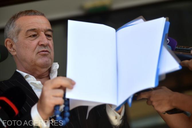 Gigi Becali îi dă replica lui George Simion după ce, peședintele AUR, l-ar fi acuzat de minciună