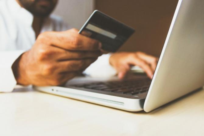 CEC Bank accelerează procesul de modernizare și digitalizare. CEC Bank apelează la platforma low-code dezvoltată de compania Aurachain pentru a automatiza o serie de activități bancare, în timp record și cu costuri reduse.