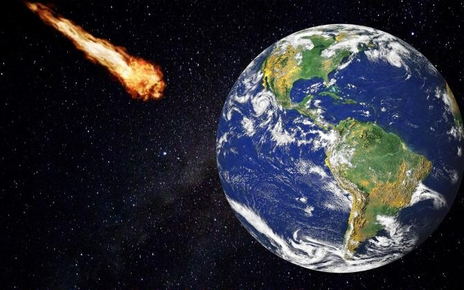 Cerul din Queensland, iluminat de o rachetă chineză care s-a dezintegrat în atmosferă - Fotografie cu rol ilustrativ