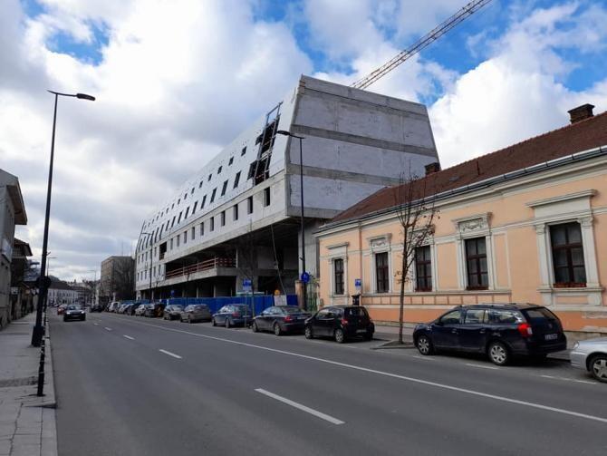 Hotel controversat în centrul istoric al Clujului