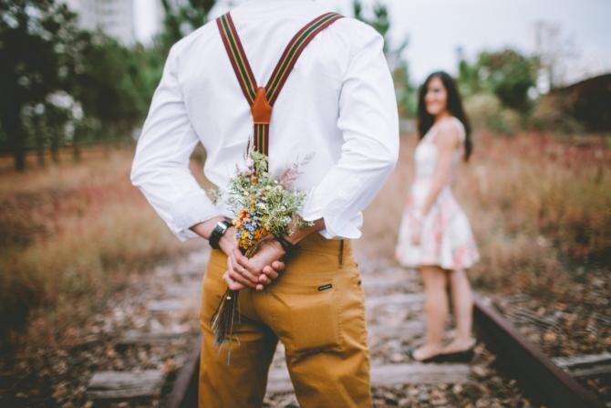 foto pixabay/ Dragobetele sărută fetele, 24 februarie 2021