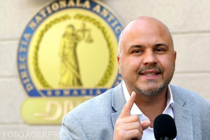 Emanuel Ungureanu spune că colega sa, Primarul Sectorului 1, a greșit