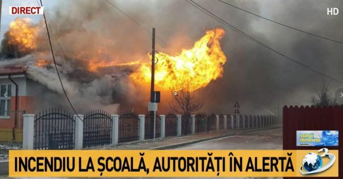 Incendiu la școala din Poienești. Intervenție de urgență / Foto captură Antena 3