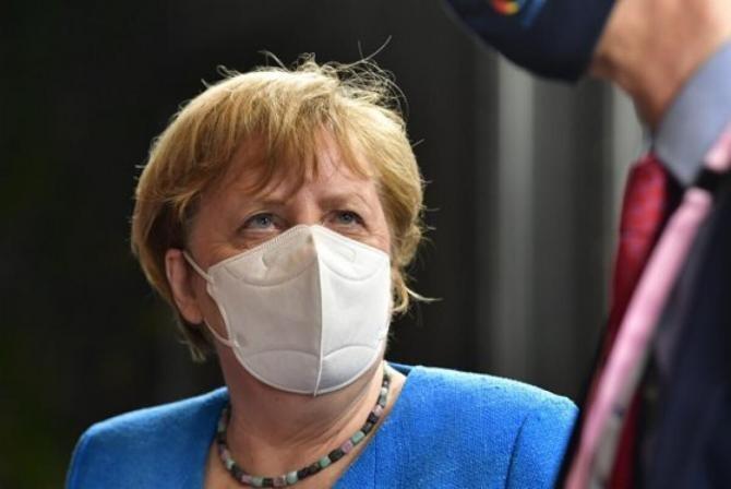 Merkel estimează că un certificat de vaccinare ar putea fi gata peste 3 luni. Țările trebuie să fie pregătite 'să efectueze vaccinările anti-Covid mulţi ani de acum înainte'