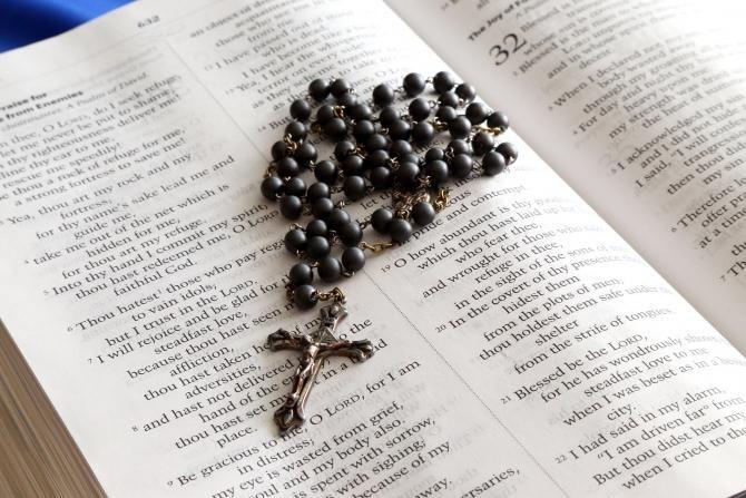 O universitate din Italia vrea să INTERZICĂ simbolurile religioase în casele studenților  /  Foto cu caracter ilustrativ: Pixabay