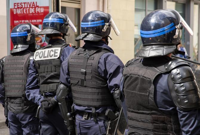Poliţişti din Franţa, ARESTAŢi. Sursa: Pixabay