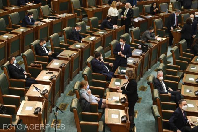 Propunerile legislative ale PSD de modificare a Codului penal şi Codului de procedură penală, respinse în Senat