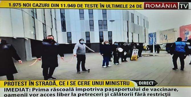 """Protest la stadionul """"Arcul de Triumf"""". Fanii rugby-ului sunt nemulțumiți că arena va intra în administrarea Ministerului Tineretului și Sportului  /  Sursă captură: România TV"""