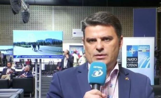 Radu Tudor afirmă că liderii NATO sunt determinaţi să impună respectarea angajamentelor. Sursa: Facebook