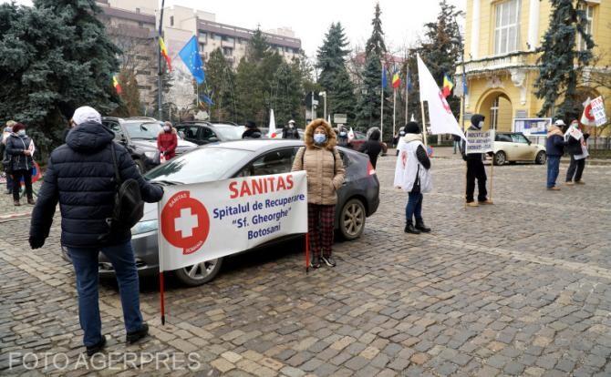 Sanitas, protest în faţa Guvernului