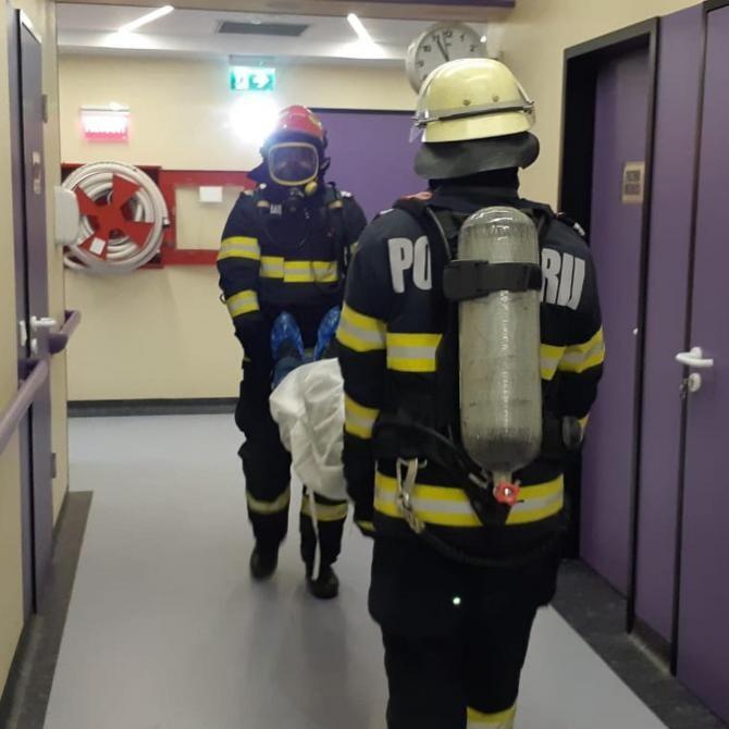 Imagine de la simularea pompierilor. Foto: ISU Bistrița-Năsăud