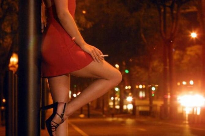 Spania. Două prostituate românce se tem să nu ajungă ca Florina, femeia găsită moartă