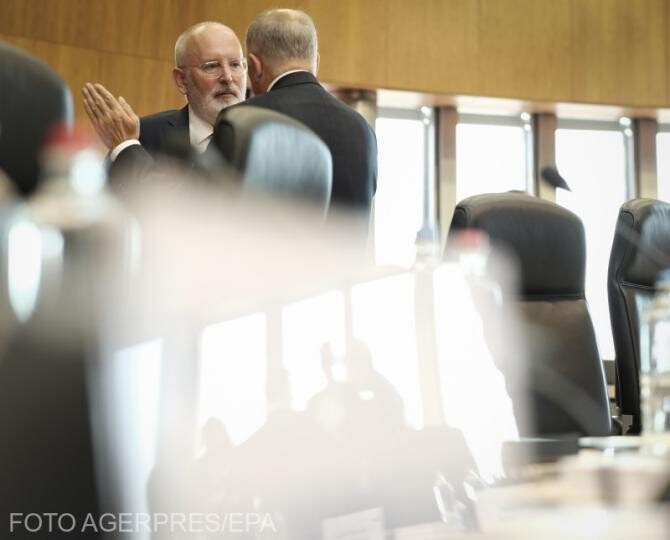 Timmermans: Sper că România va veni în curând cu un plan de renunţare totală la cărbune. Această resursă nu are niciun viitor
